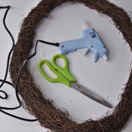 wreath base glue gun scissors